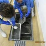 4.第一槽籠と仕切り板の洗浄